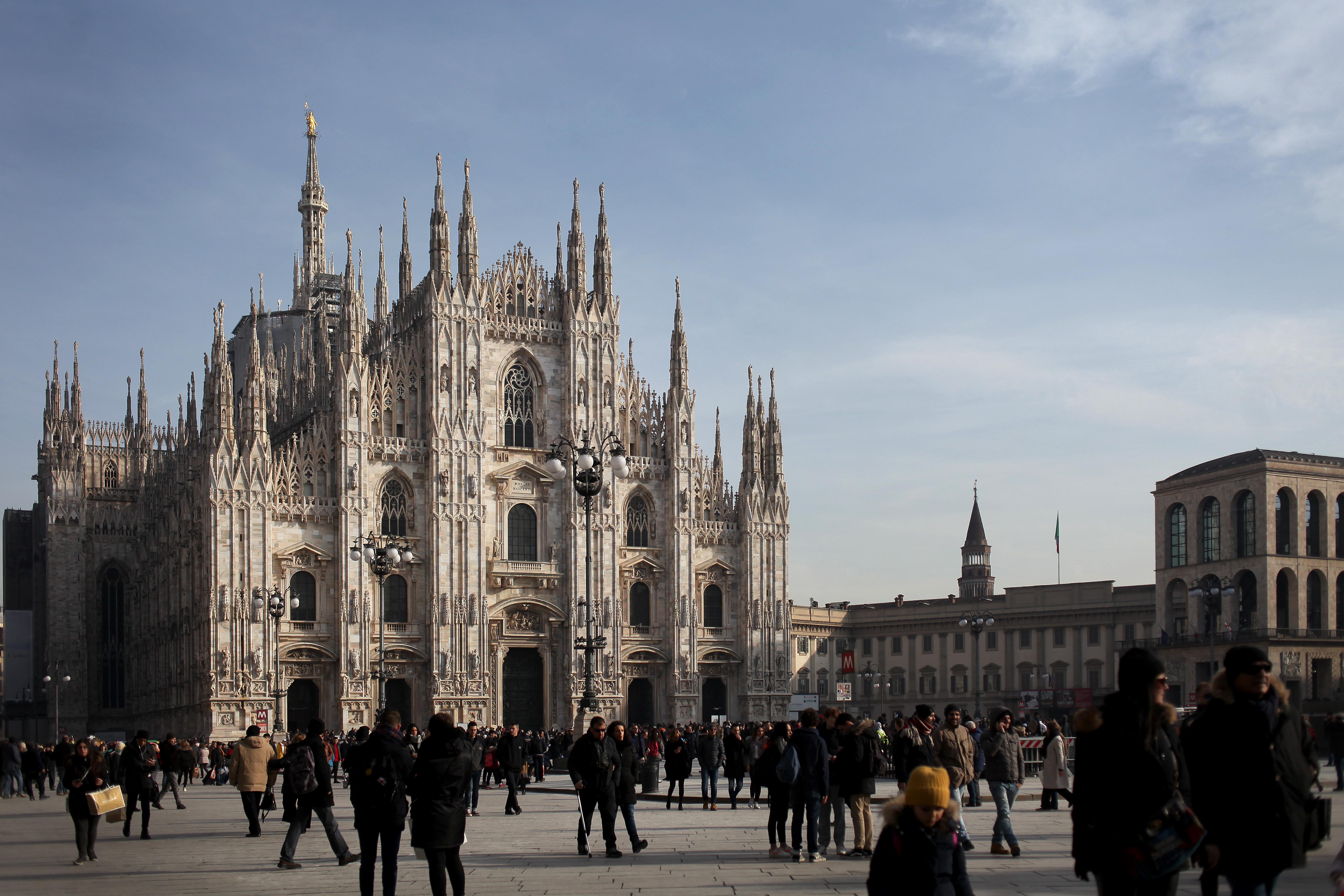 Lampada Cristallo Di Rocca Proprietà : Duomo di milano wikipedia