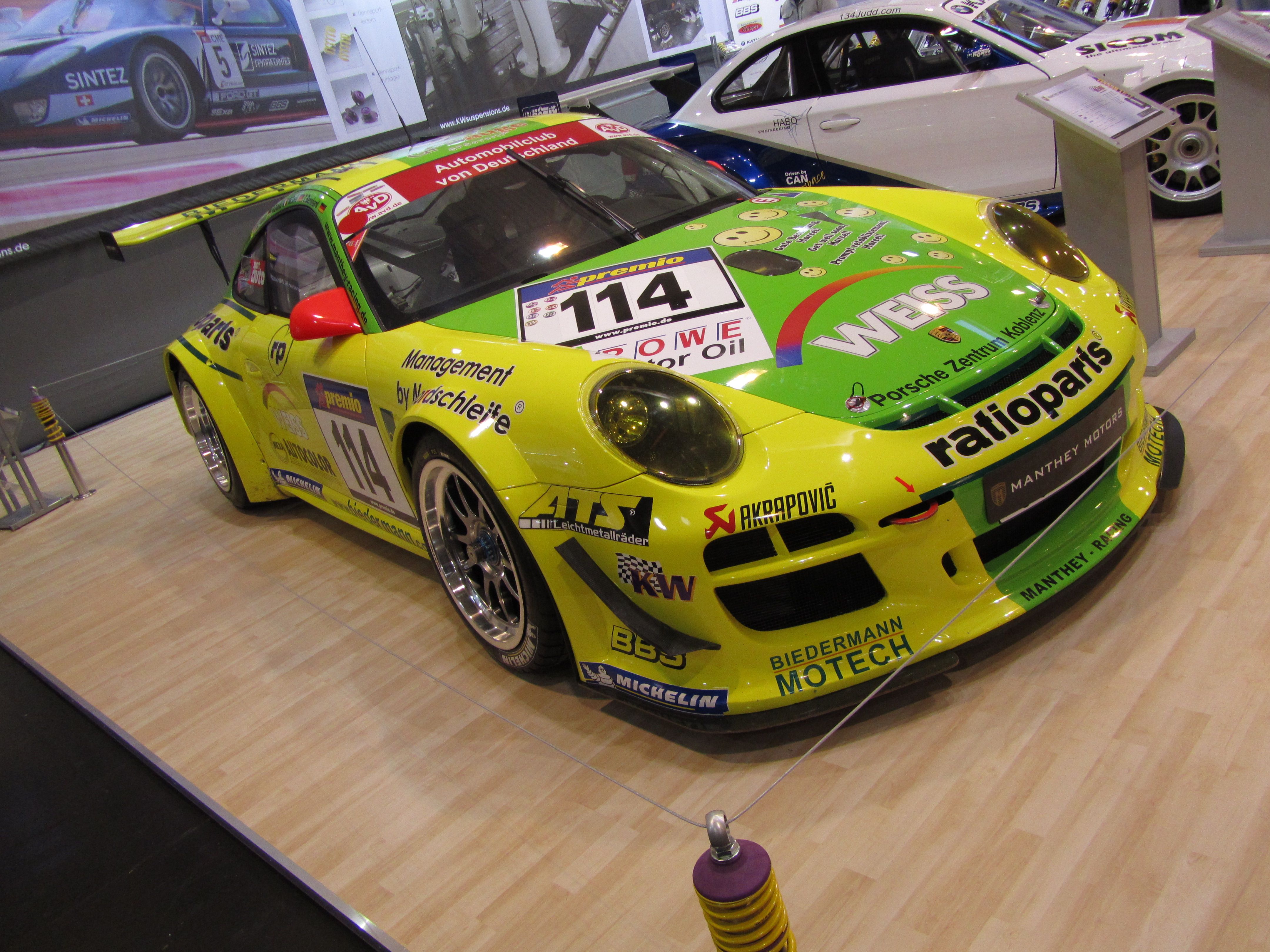 file porsche 911 gt3 r manthey racing jpg wikimedia commons. Black Bedroom Furniture Sets. Home Design Ideas