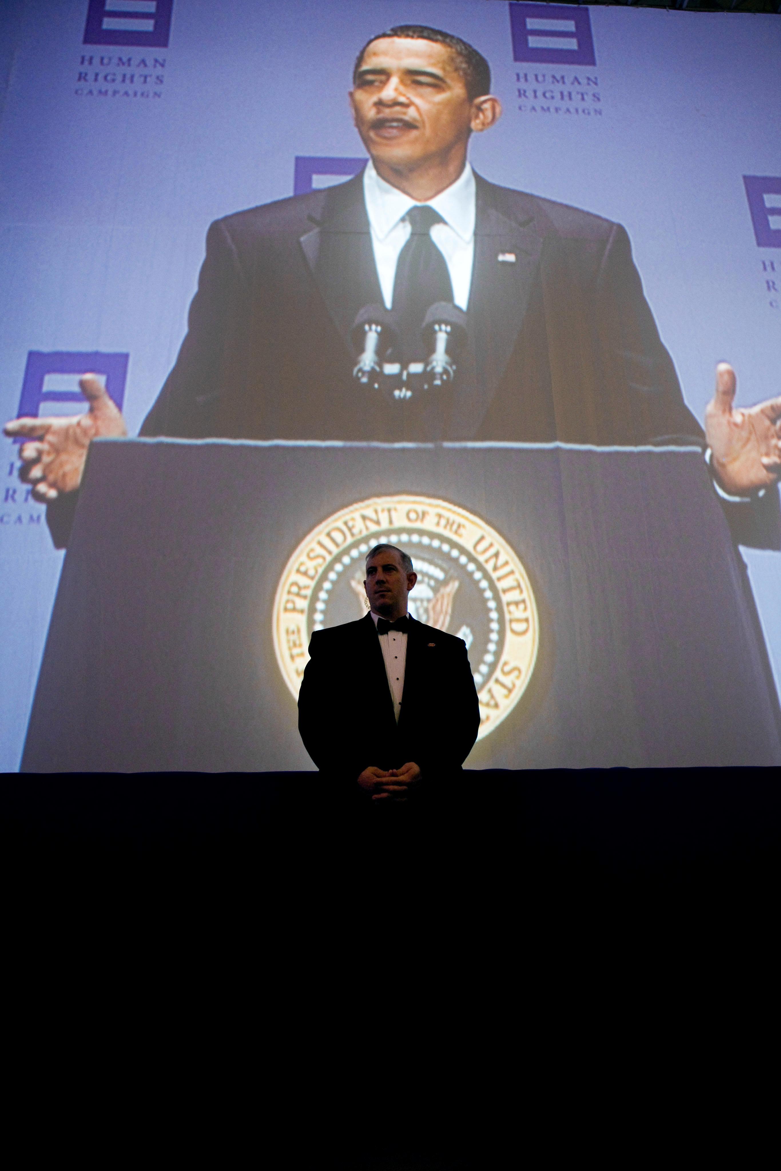 dissertation sur barack obama 2014-11-25 le démocrate barack obama,  barack obama a coiffé son rival mitt romney sur le fil, signant un nouveau bail de quatre ans à la maison-blanche.