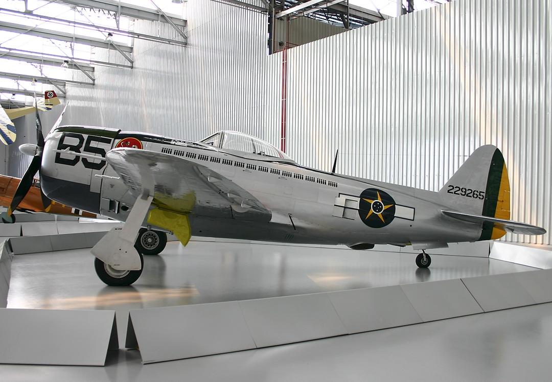 Republic_P-47D_Thunderbolt,_Brazil_-_Air_Force_AN1200122.jpg