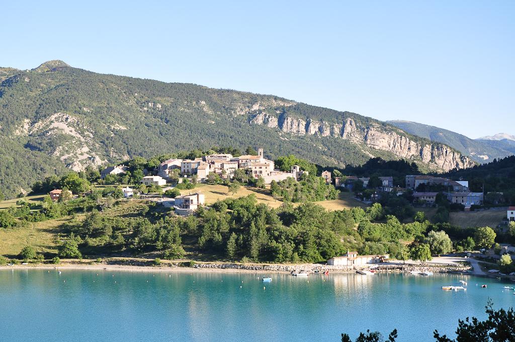 File:Saint-Julien-du-Verdon, le village.jpg - Wikimedia Commonsverdon village