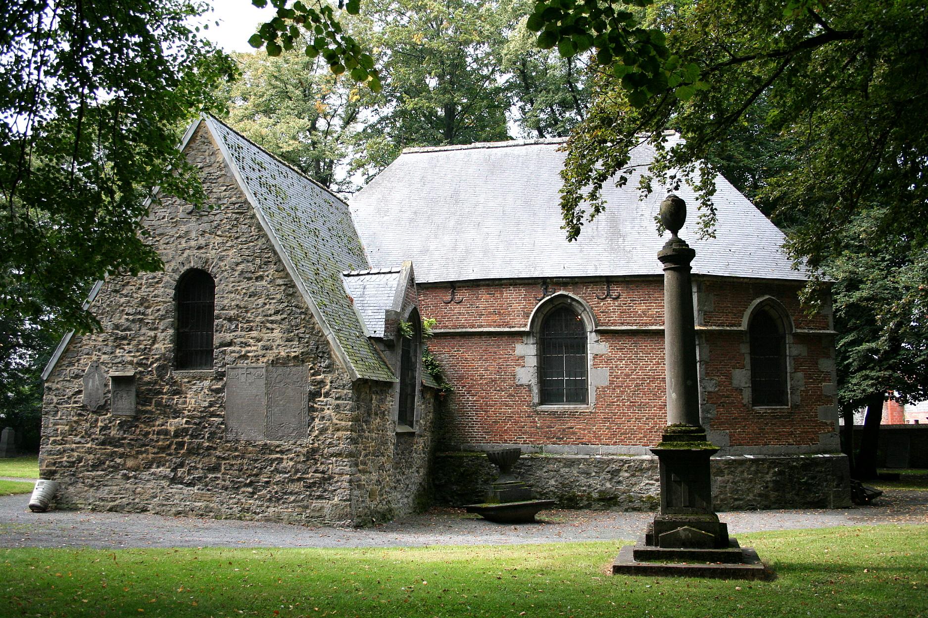 Le vieux cimetière de Soignies - Old cemetery of Soignies - cover