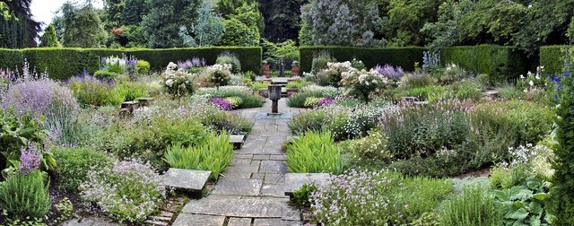 Sylvias' Garden, Newby Hall - geograph.org.uk - 1572017