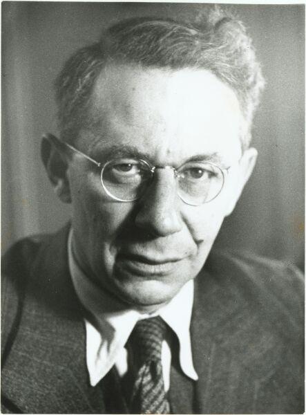 Тадеуш Рейхштейн