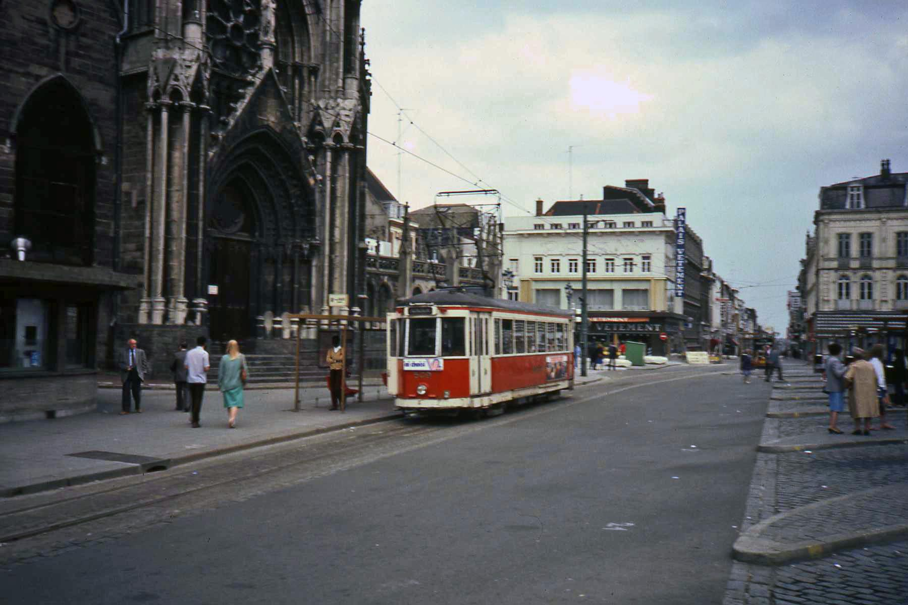 Roubaix France  city images : Tram Roubaix Wikimedia Commons