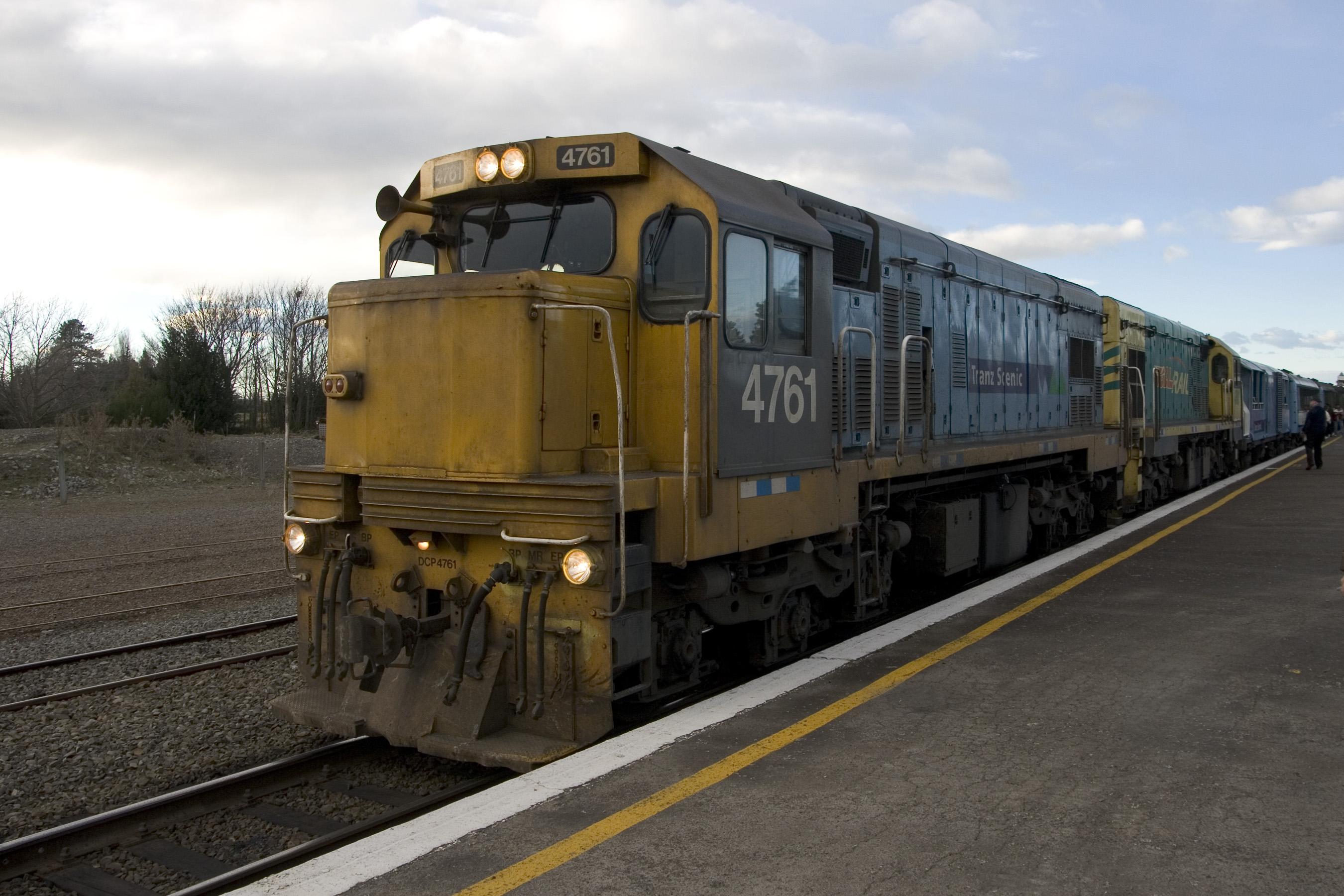 Tranz_Scenic_Locomotive_4761.jpg