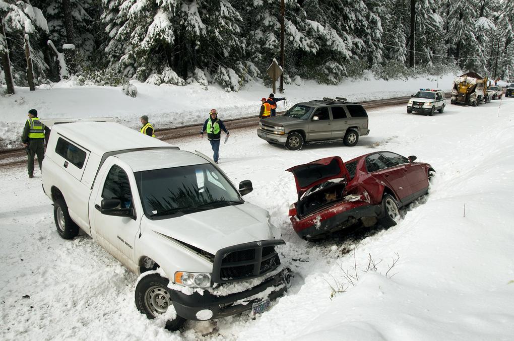 Car Accident Oregon Coast With Uhaul Truck