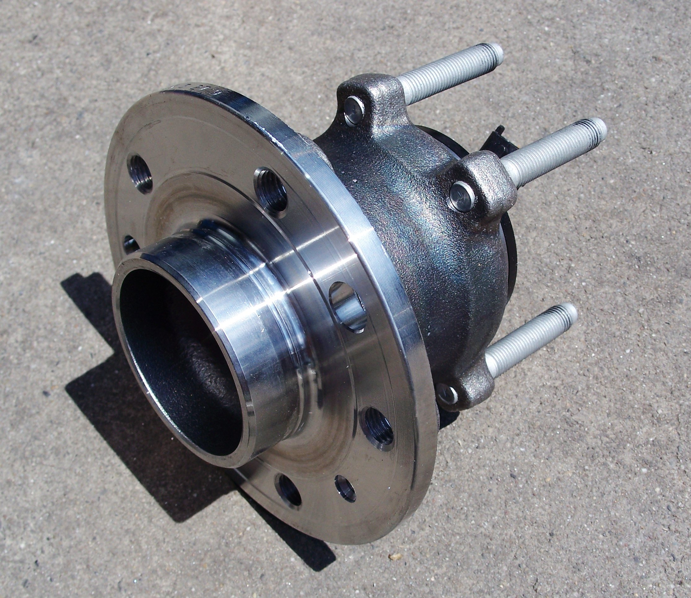 File Wheel Hub Assembly Jpg