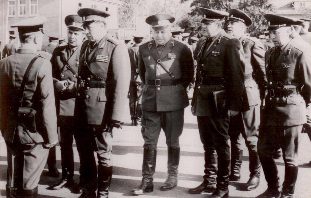 Действия 2-й, 4-й танковых групп и 2-й армии, вермахта, против войск брянского фронта, в период 30 сентября