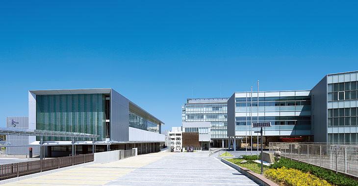 愛知淑徳大学 - Wikipedia