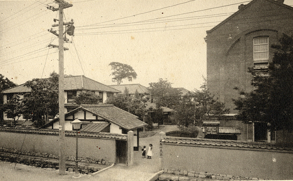 File:1916年ごろの今出川キャンパス.jpg - Wikimedia Commons