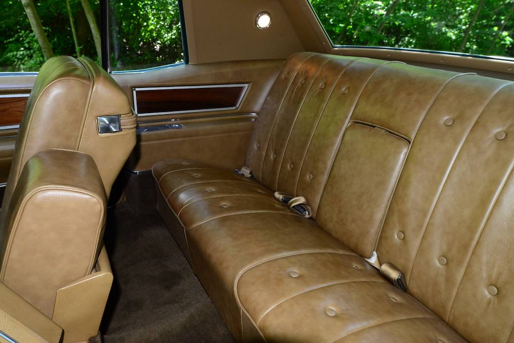 File 1968 Cadillac Coupe Deville Rear Seat Jpg Wikimedia