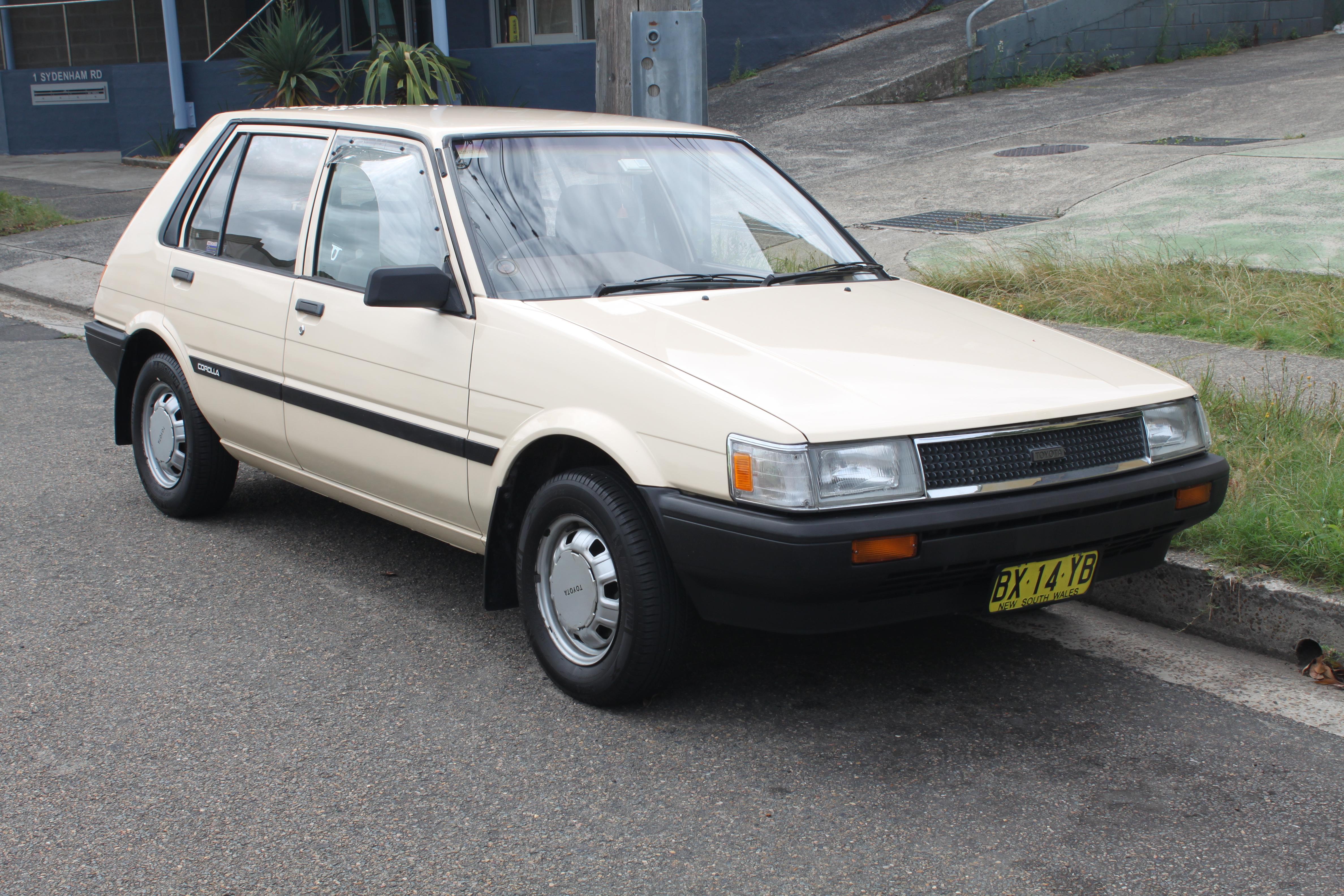 File 1987 Toyota Corolla Ae80 Cs 5 Door Hatchback 15980182263