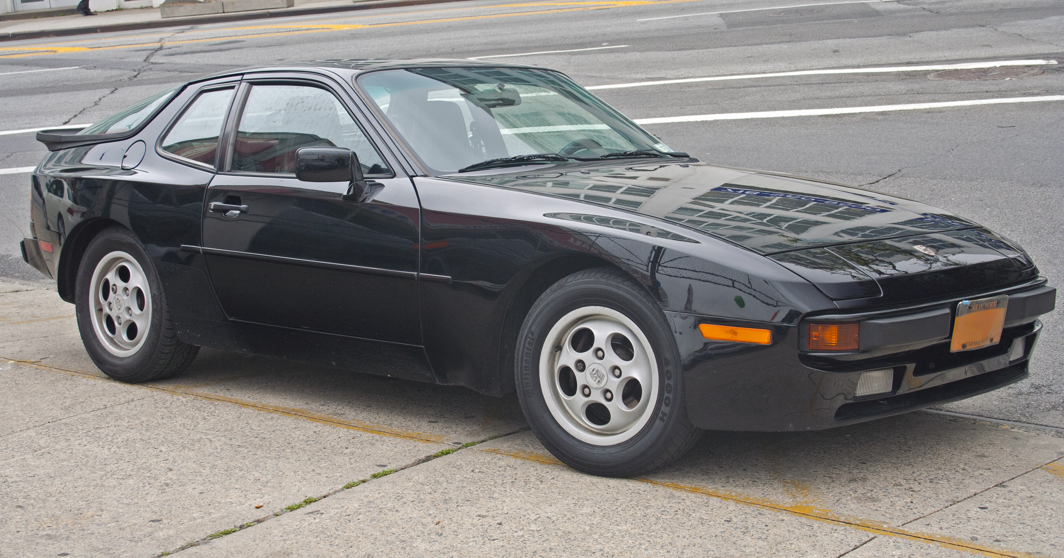 1988 Porsche 944 2 7 Automatic Related Infomation