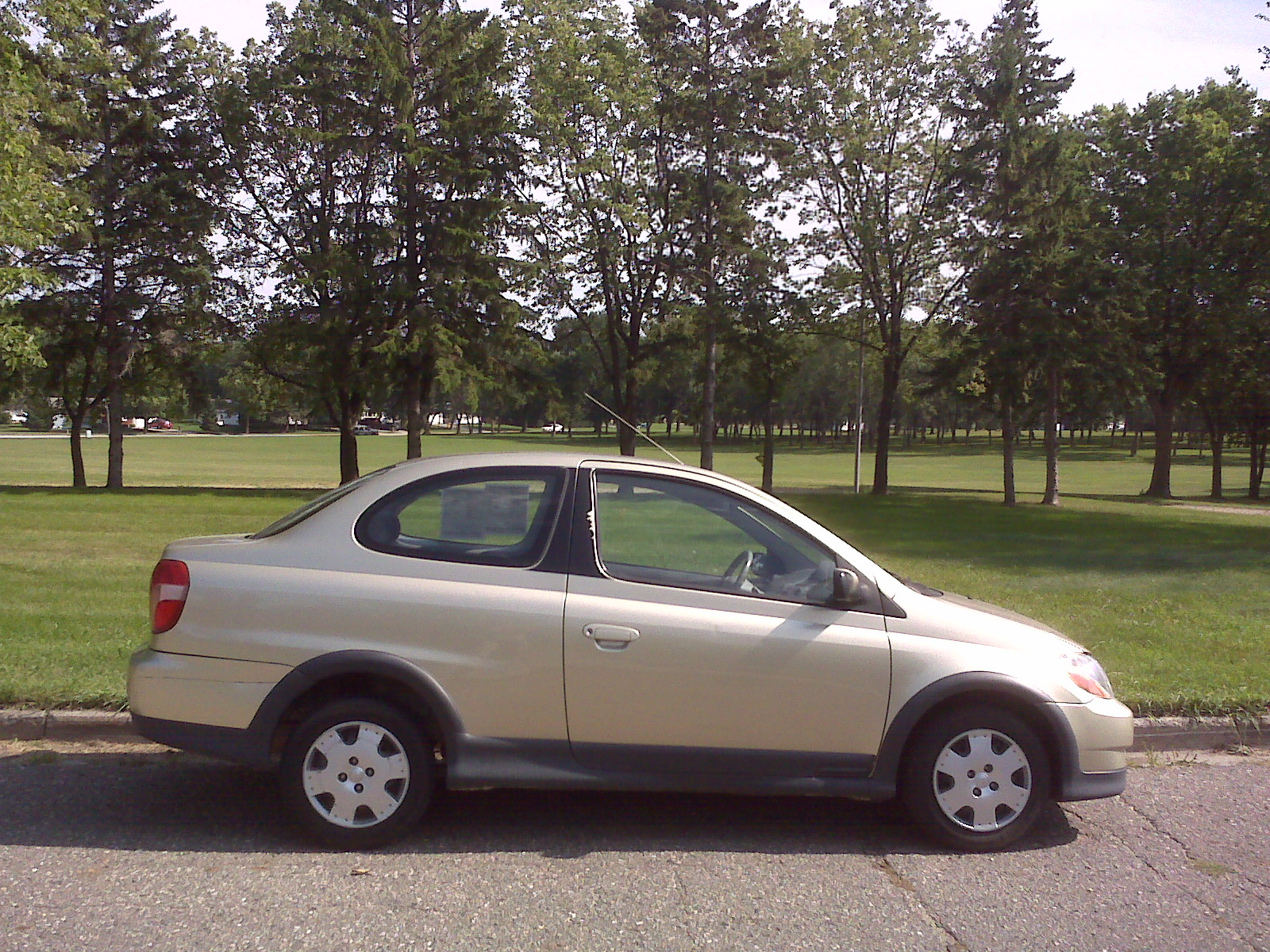 File 2000 toyota echo coupe jpg