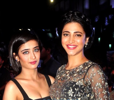 File:Akshara Haasan and Shruti Haasan.jpg - Wikimedia Commons