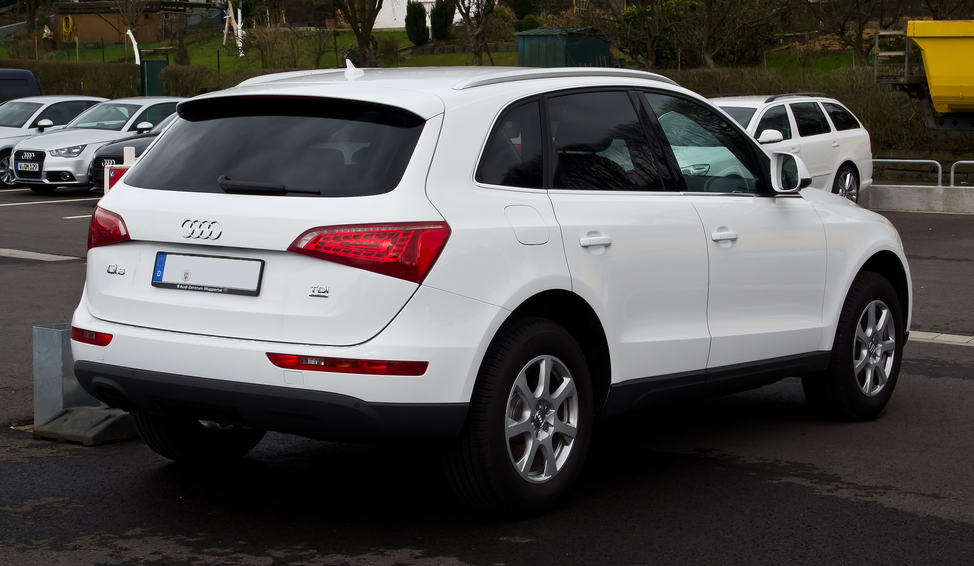 file audi q5 2 0 tdi quattro heckansicht 18 m rz 2012 wikipedia. Black Bedroom Furniture Sets. Home Design Ideas