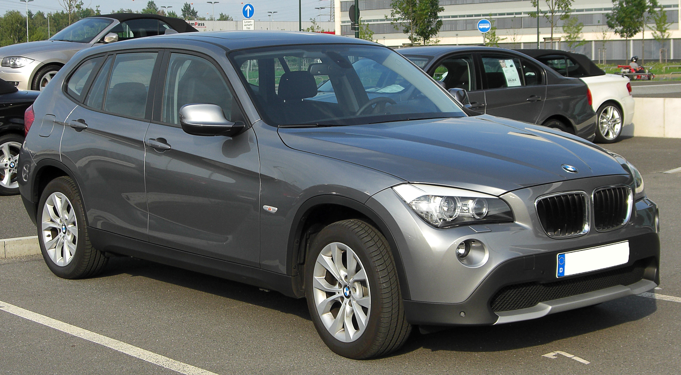 file bmw x1 e84 front. Black Bedroom Furniture Sets. Home Design Ideas