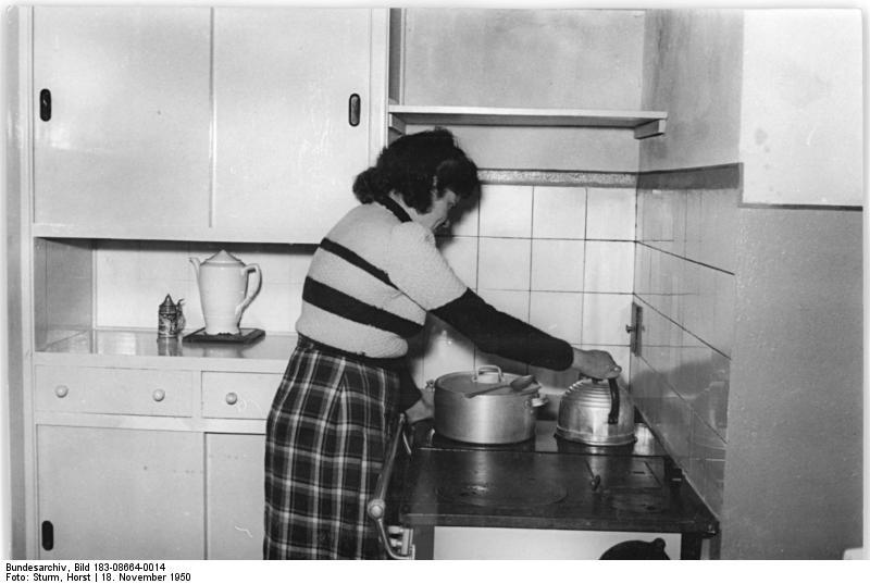 File Bundesarchiv Bild 183 08664 0014 Berlin Stalinallee Blick In
