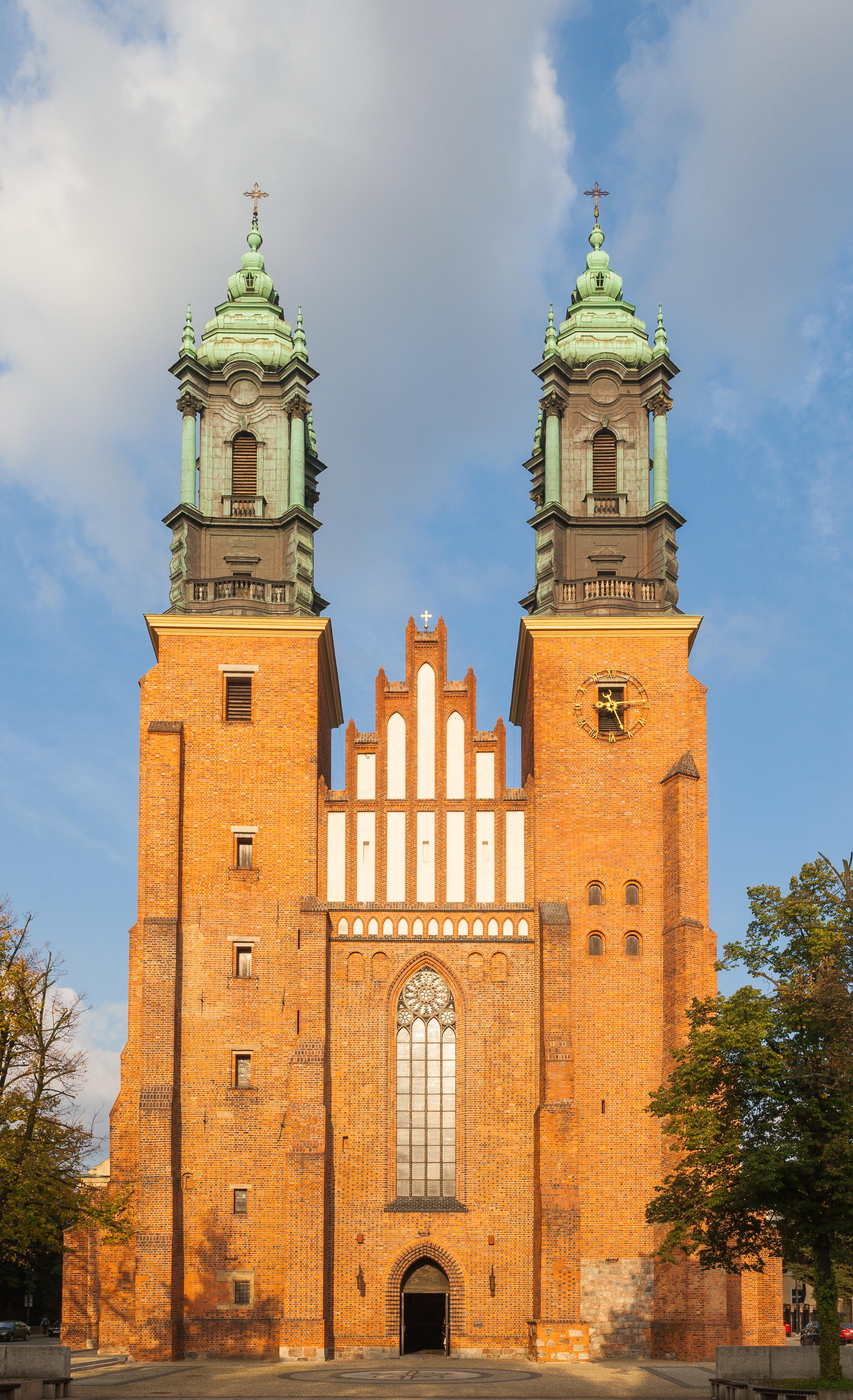 Catedral y basílica de San Pedro y San Pablo (Poznan) - Wikipedia ...