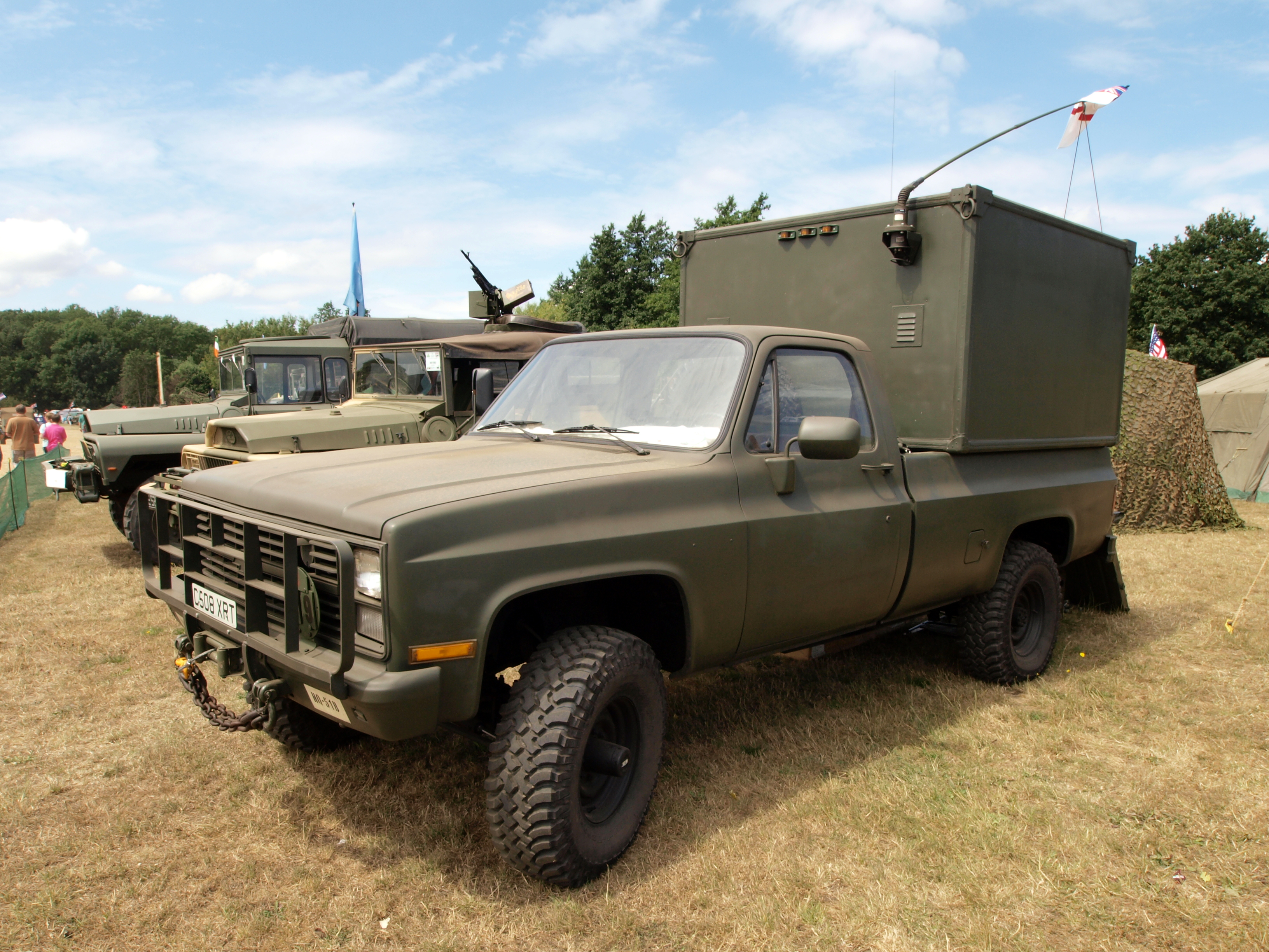 file chevrolet k30 pick up with box pic1 jpg wikimedia commons. Black Bedroom Furniture Sets. Home Design Ideas