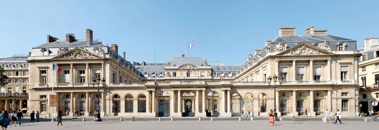 https://upload.wikimedia.org/wikipedia/commons/8/85/Conseil_d%27Etat_Paris_WA.jpg