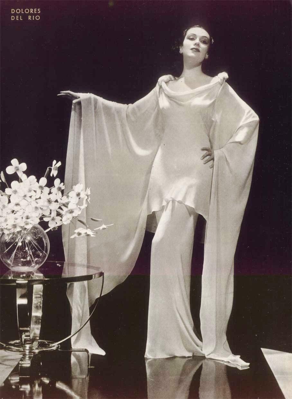 Dolores Del Rio - Picture
