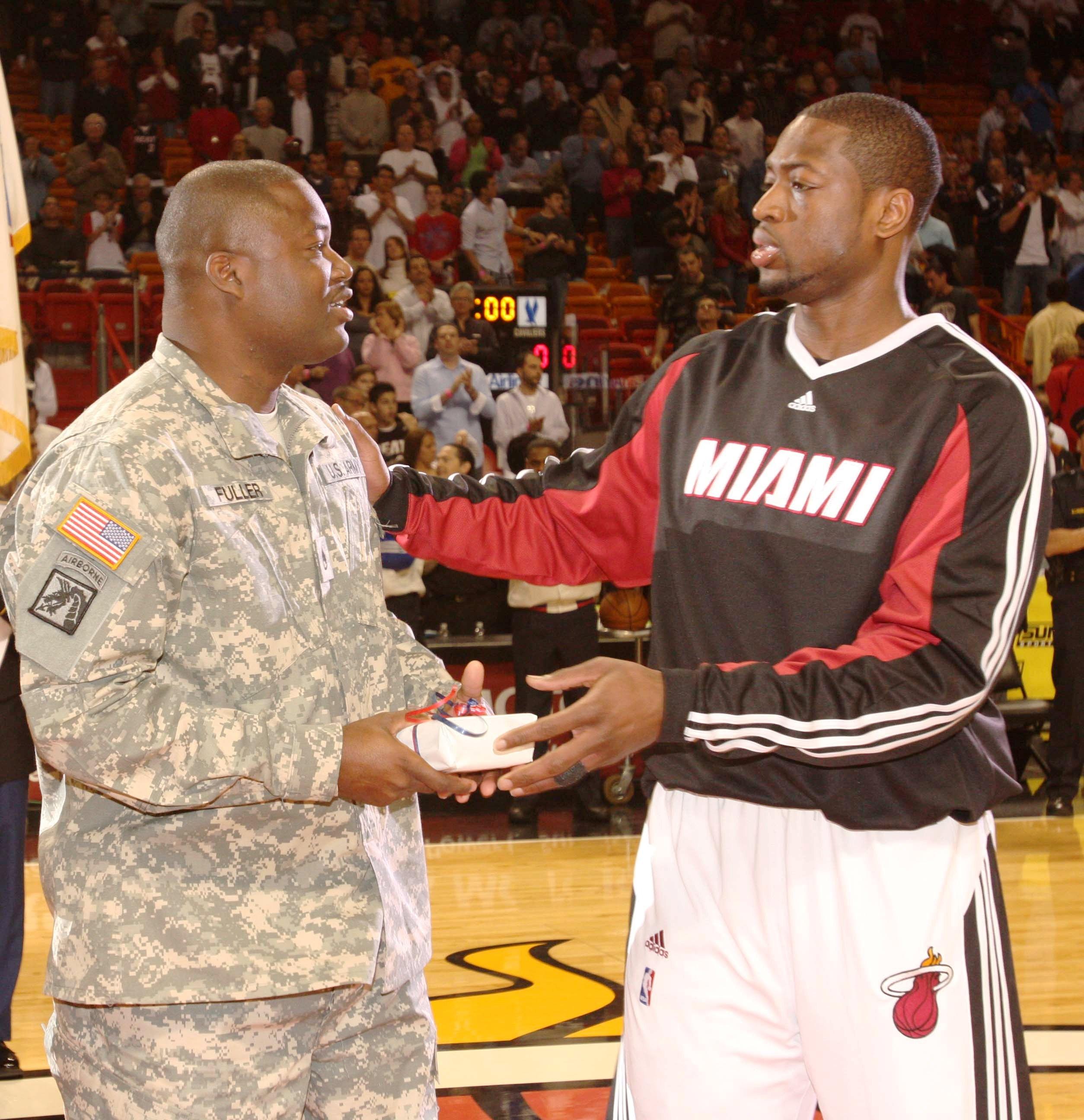 File Dwyane Wade Homestrong Program Pregame March 2 2009