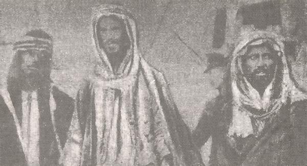 وفرسان وشيوخ قبيلة مطير.