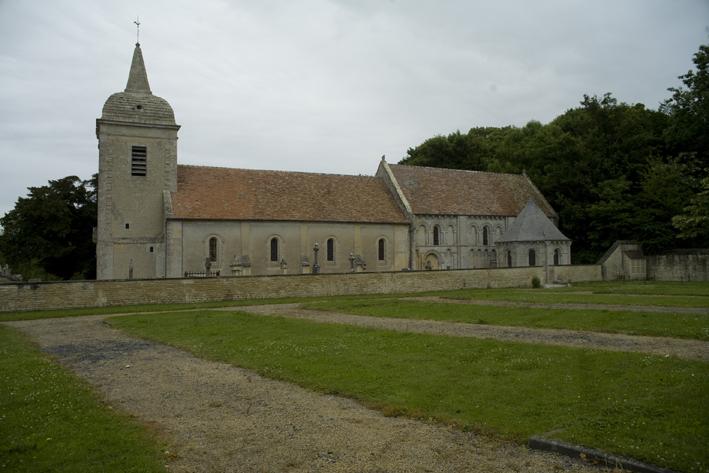 Fontaine-Henry, église de la Nativité-de-Notre-Dame-PM 30630.jpg