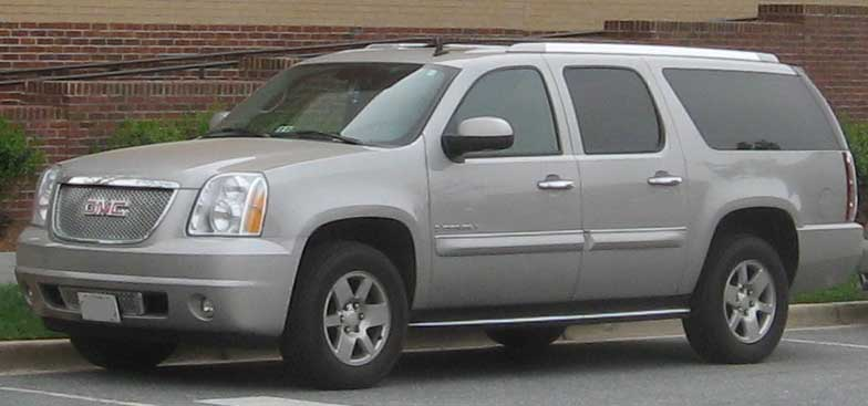 Description GMC Yukon XL Denali.jpg