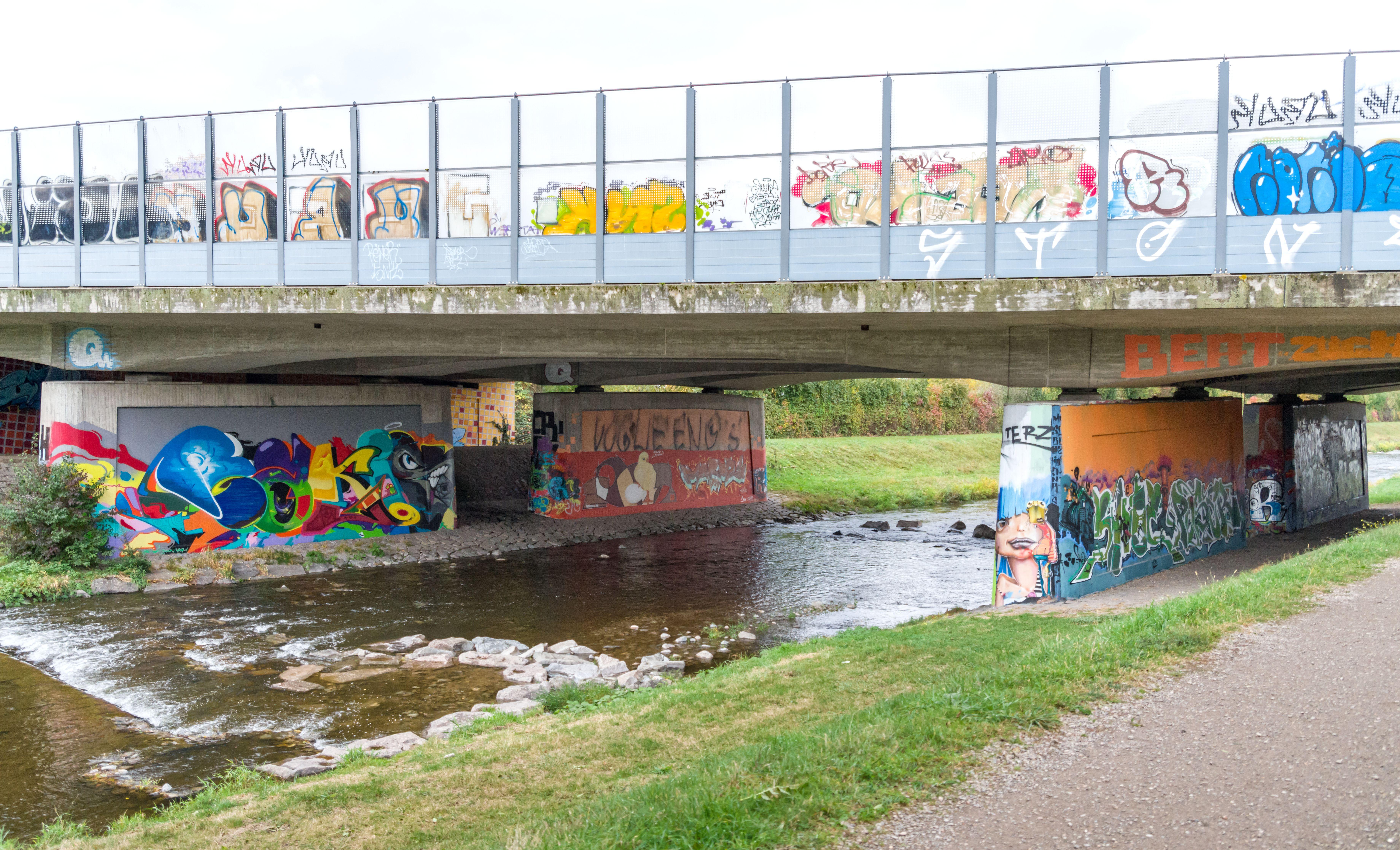 Filegraffiti Hermann Zens Brücke Freiburg Im Breisgau Jm22984jpg