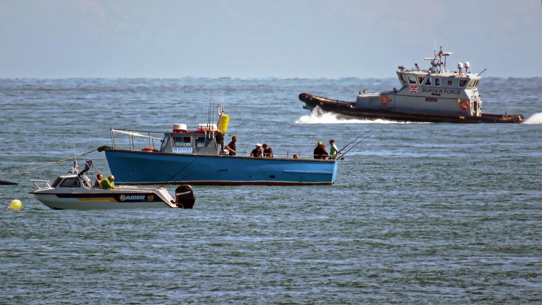 HMCPV_%27Eagle%27_Border_Force_patrol_and_sea_fishing_boats%2C_Broadstairs%2C_Kent%2C_England_1.jpg?profile=RESIZE_400x