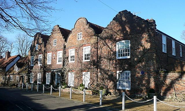 Hills House Denham Wikipedia