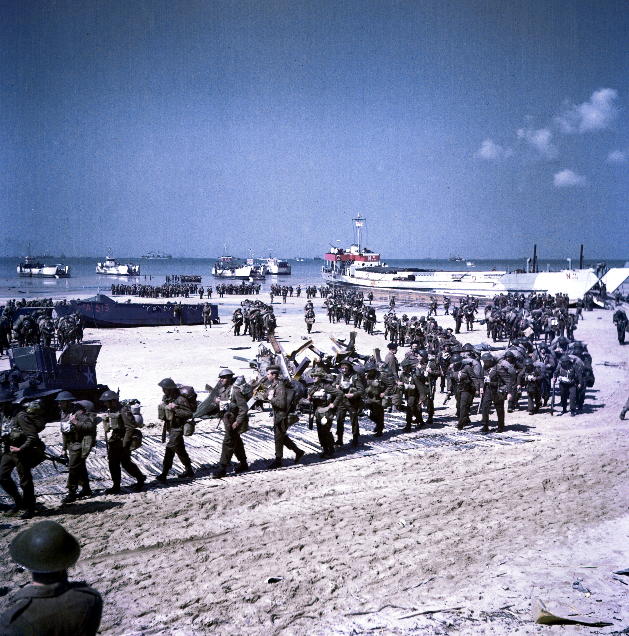 the juno beach invasion essay Was d-day worth the risk essay juno and gold ( penrose at last the forces were able to mount the bluff and take control of the beach the invasion of.