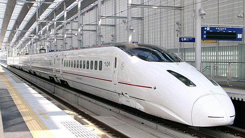 Kyushu Shinkansen 800 series Shin-Minamata 20041123