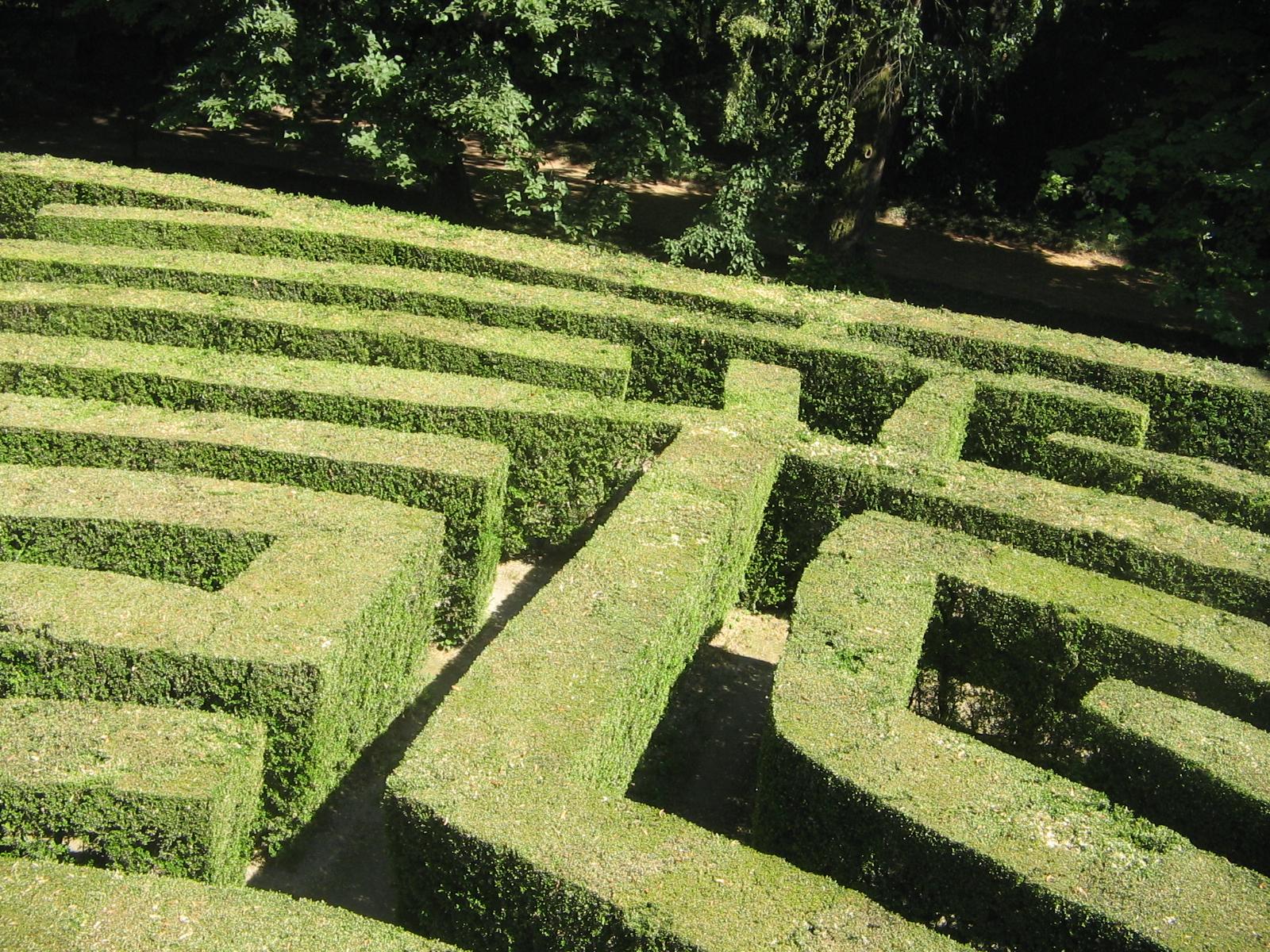 File labirinto villa pisani 2 jpg wikipedia for Giardino labirinto