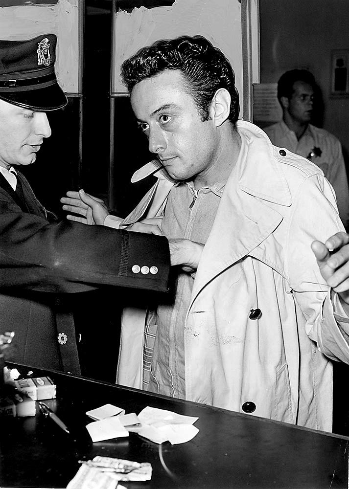 Lenny Bruce arrest.jpg