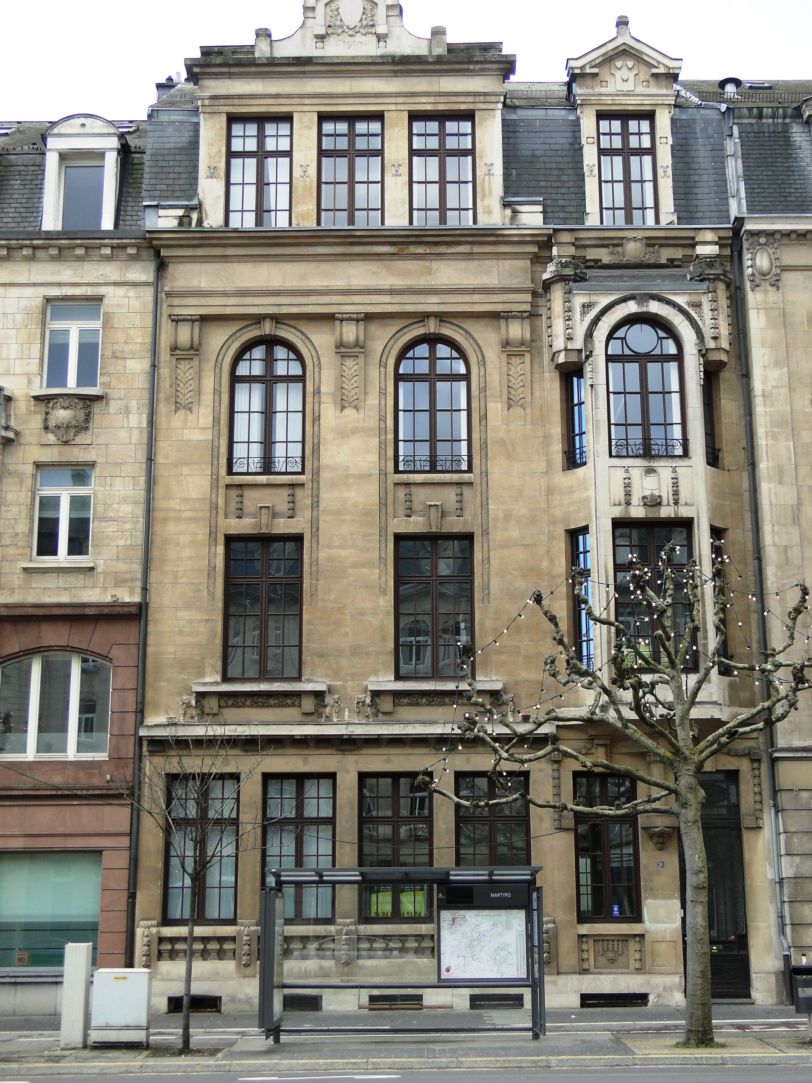 Datei luxembourg 10 avenue de la libert jpg wikipedia for Maison moderne luxembourg wikipedia