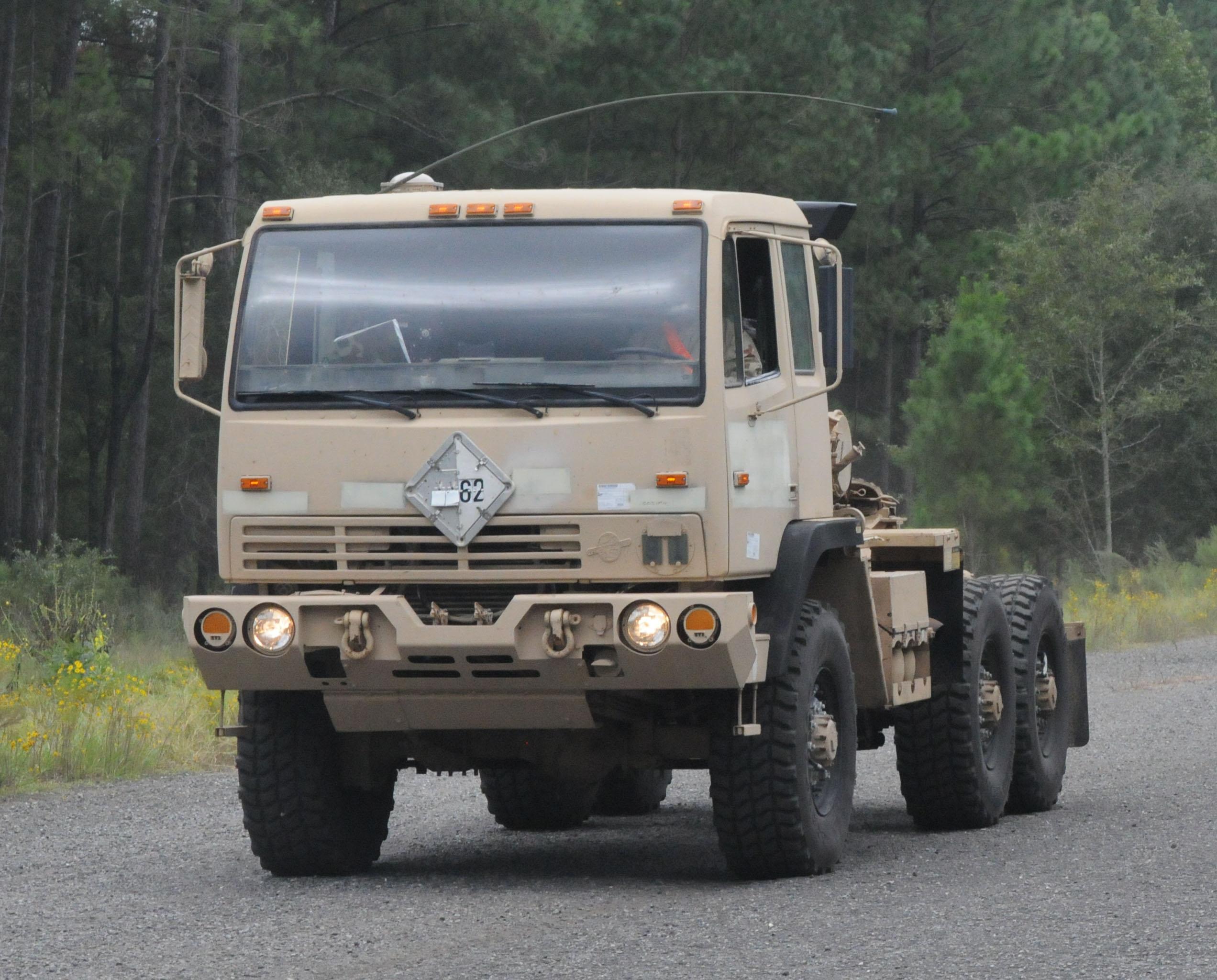 saurer truck bus M1088_of_260th_QM_Bn