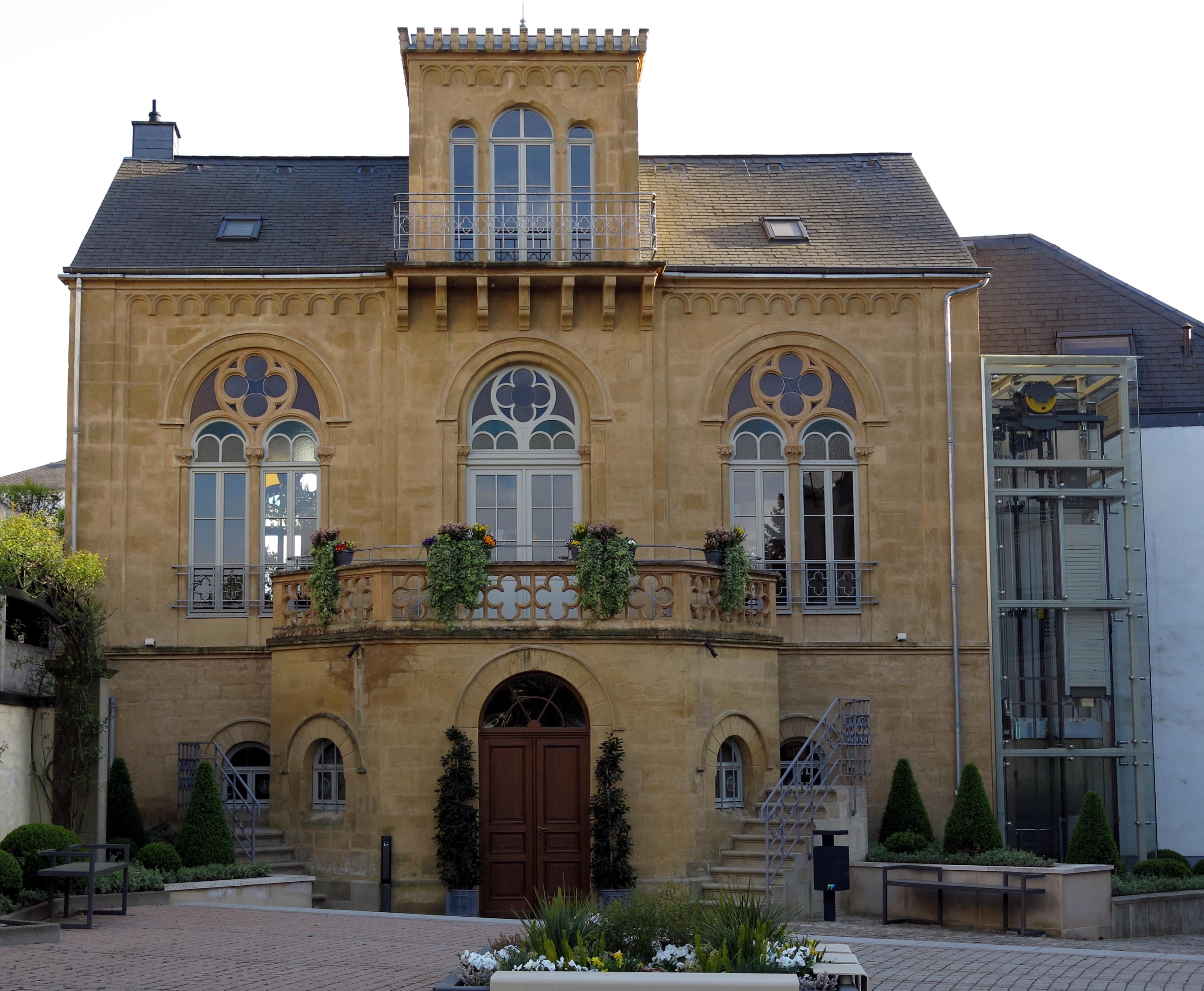 File maison dufaing walferdange wikimedia commons for Maison moderne luxembourg wikipedia