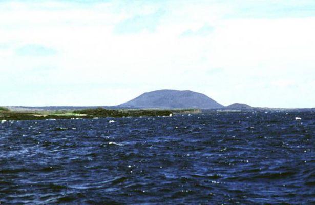 Archivo:Marchena Island.jpg - Wikipedia, la enciclopedia libre