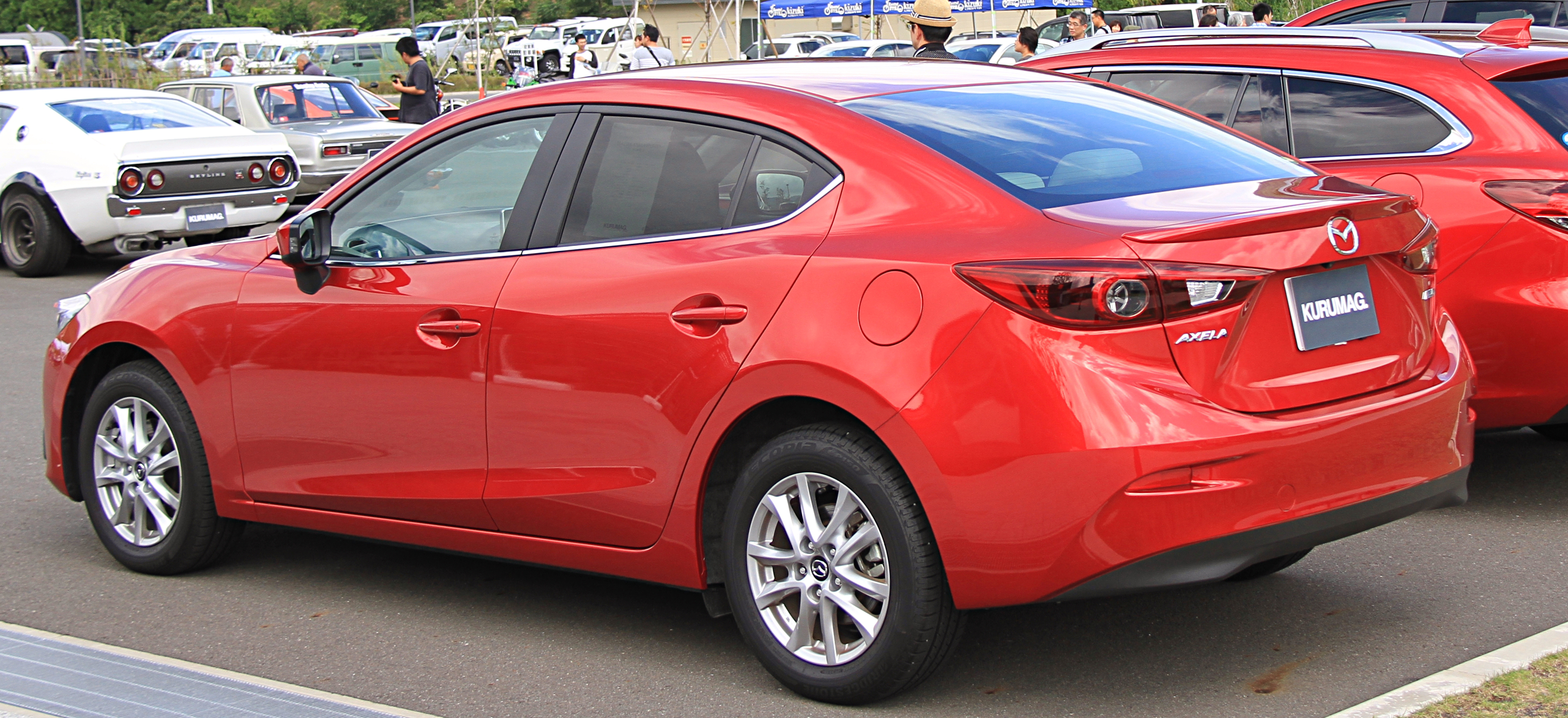 2014 Mazda Axela Hybrid-C (for Japan ) specs review