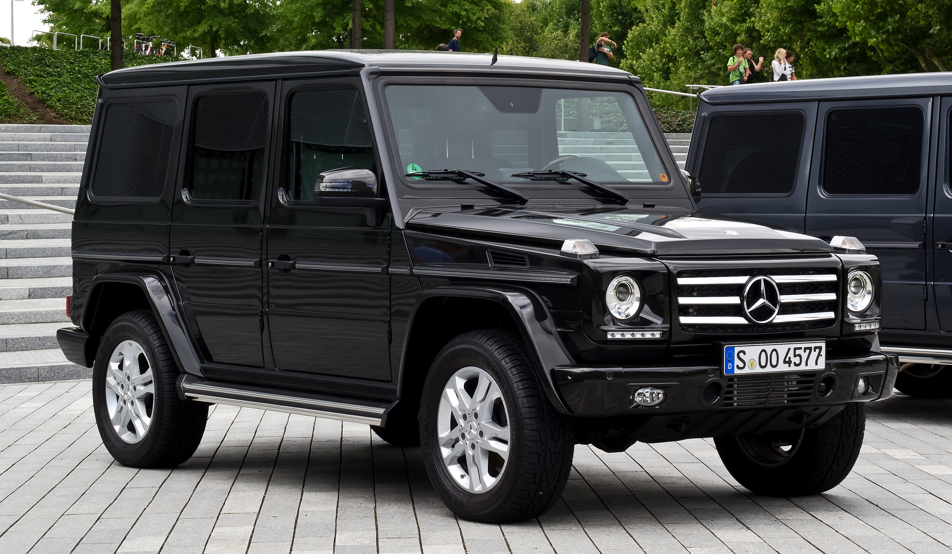 File Mercedes Benz G 350 Bluetec W 463 3 Facelift Frontansicht 7 August 2012 Stuttgart