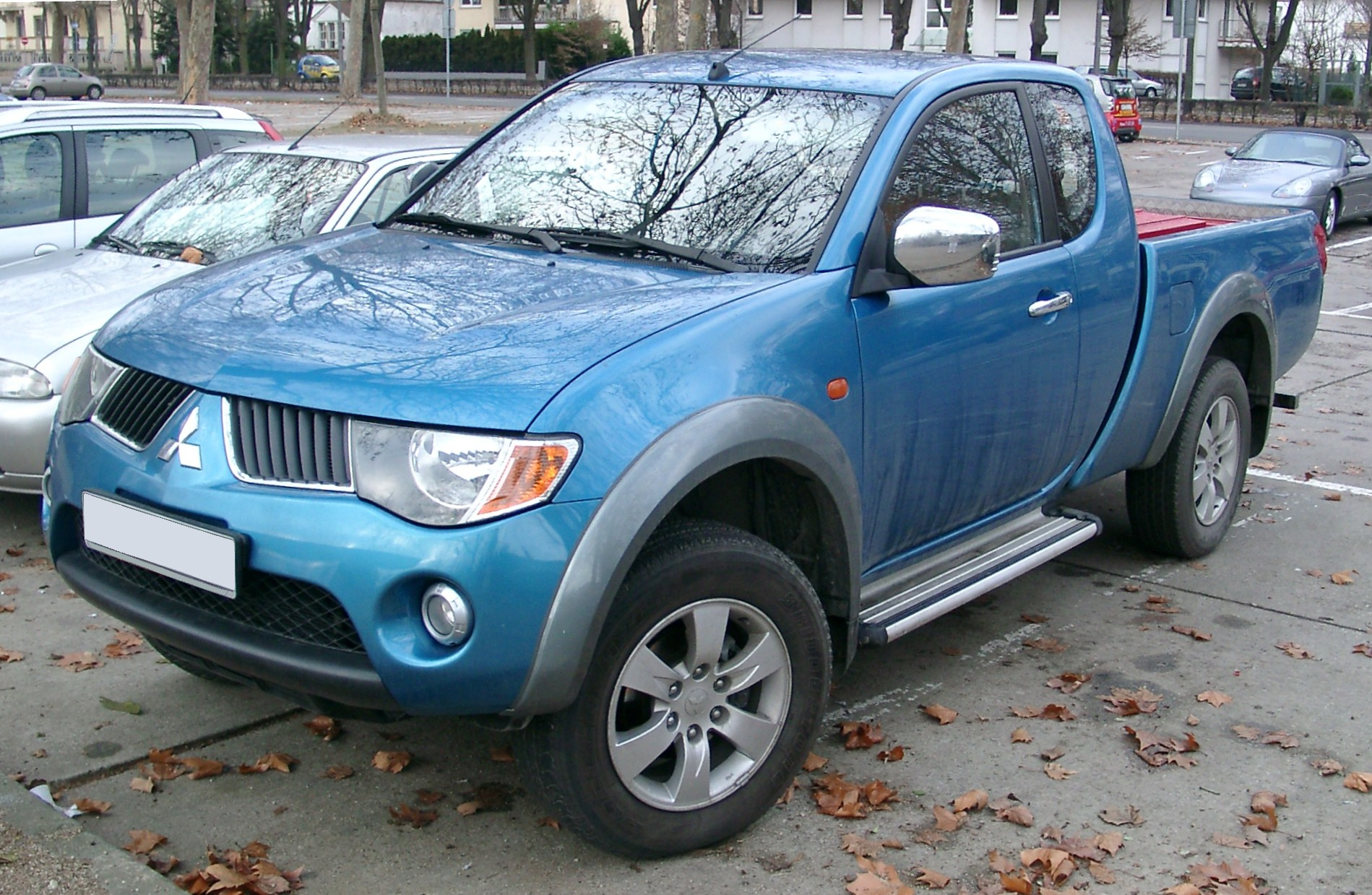 Description Mitsubishi L200 front 20080102.jpg