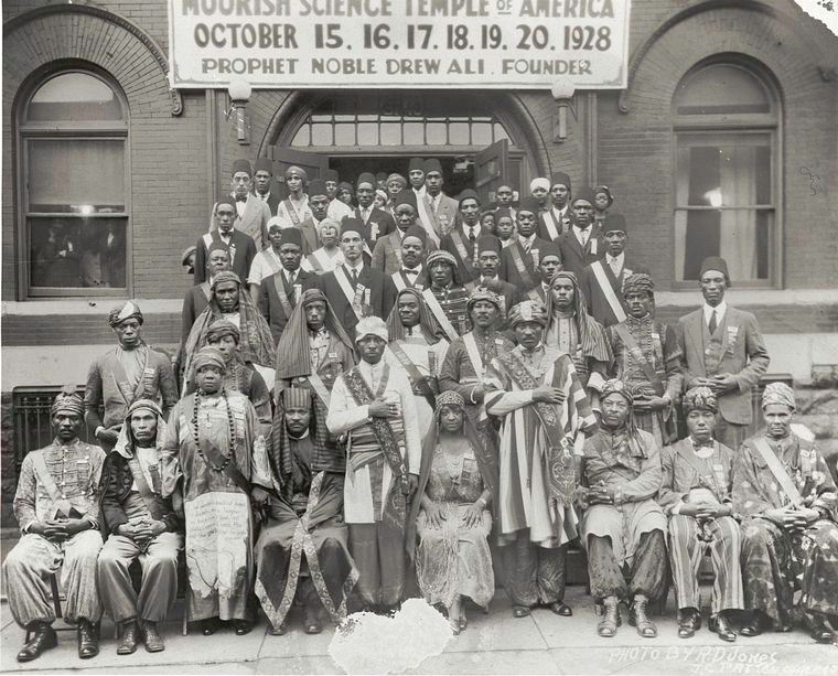 Description Moorish Science Temple 1928 Convention.jpg