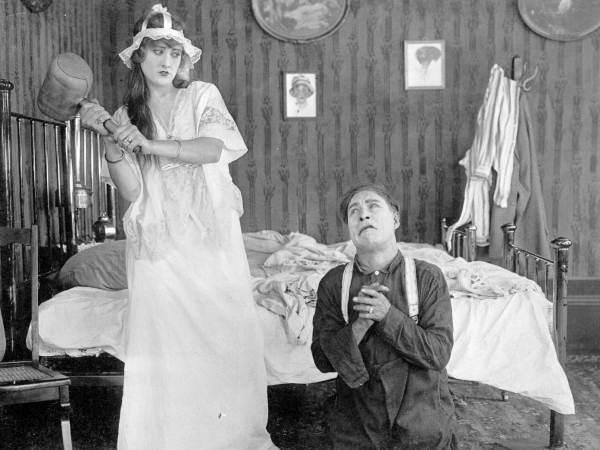 File:Motion picture scene (1916) (3842755129).jpg