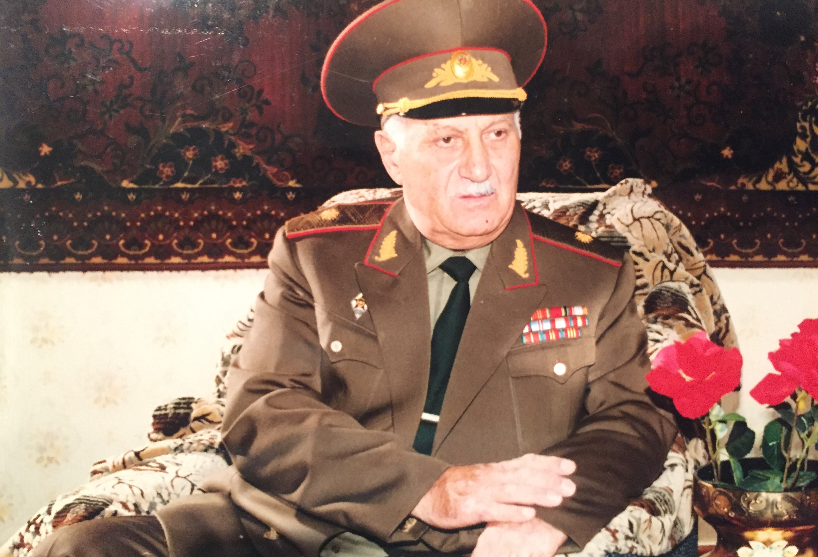 NurÉddin Sadıqov ile ilgili görsel sonucu