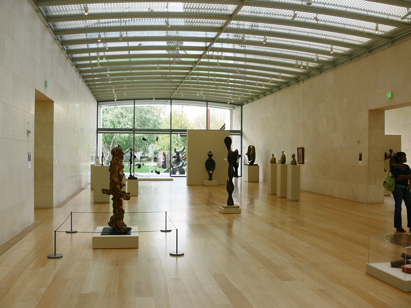 the different representations of arts found in dallas museum of art nasher sculpture center and crow