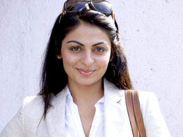 Neeru Bajwa at Kochi International Fashion Week 2011 02